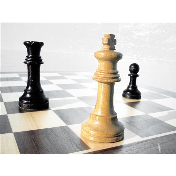 Conflict As a Game of Chess