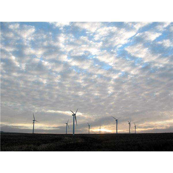 Wind Turbine Noise Levels and Public Attitudes Toward Wind Power