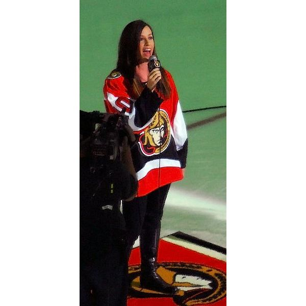 Alanis Morissette singing the American and Canadian national anthems at the Stanley Cup Finals, Game 4, 2007