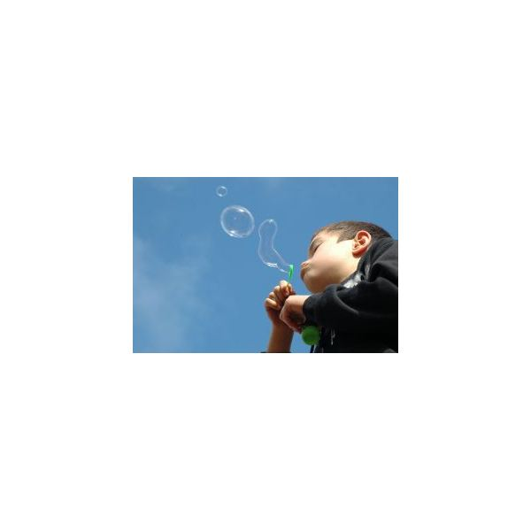Science Projects for Kindergarten: Experimenting with Bubbles