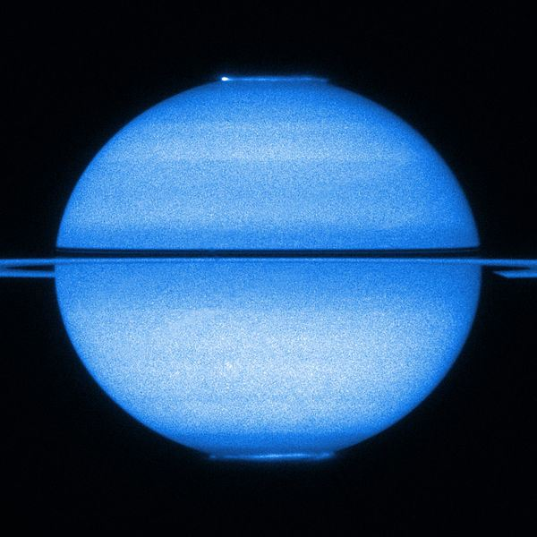 Saturn by the Hubble Space Telescope