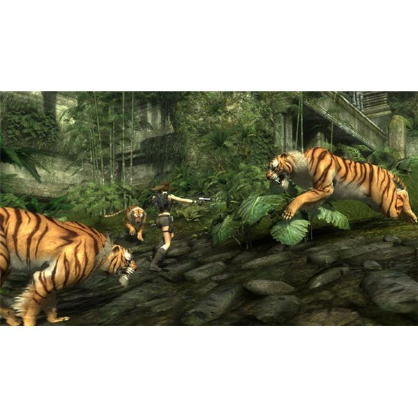 Tigers and Poachers can kill Lara quickly if she takes her eyes off them for a second