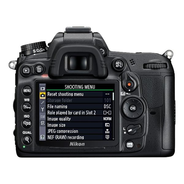 Nikon D7000 Review: LCD Screen