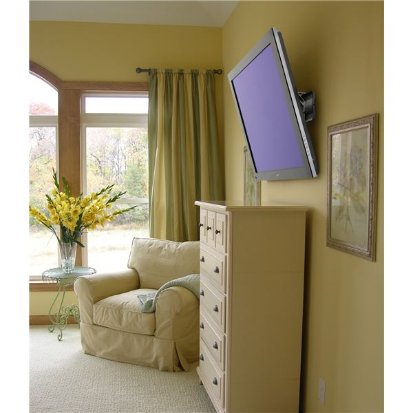 Flatscreen tv wall mount height How high to mount tv on wall in living room