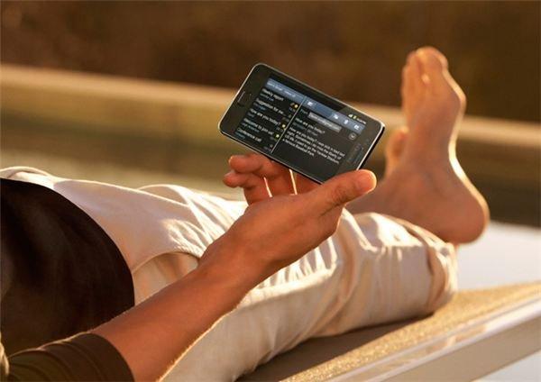 Samsung Galaxy S II Reading