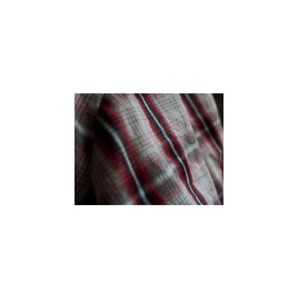 Flannel or Cotton Shirts Clean Flat Screens Without Scratching