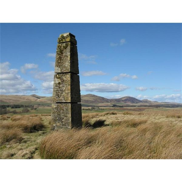 Pillar on Harlaw Muir - geograph.org.uk - 750088