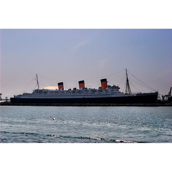 800px-Queen Mary 002
