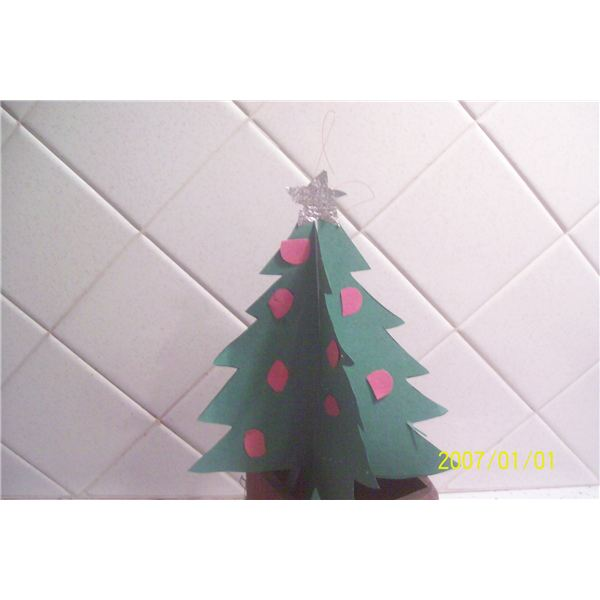3 Dimensional Lighted Tree Ornament 015