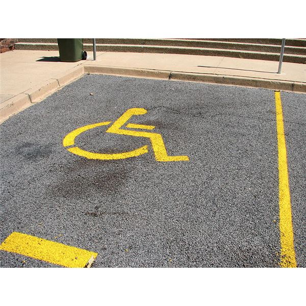 800px-Disabled parking place
