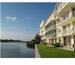 South Palm Beach condominium lakeside
