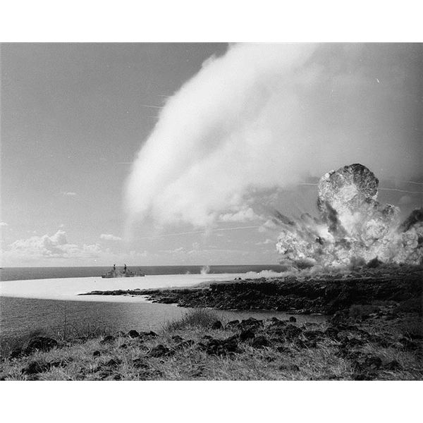 TNT detonation on Kahoolawe Island during Operation Sailoir Hat, sjot Bravo, 1965