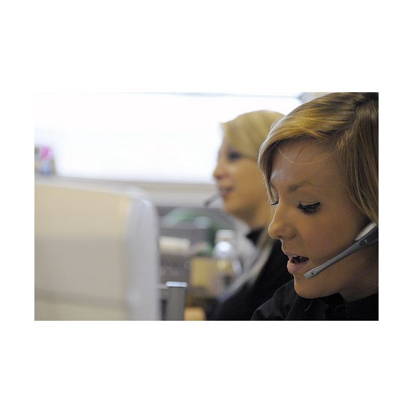 Help Desk Employee Incentives for Superior Service