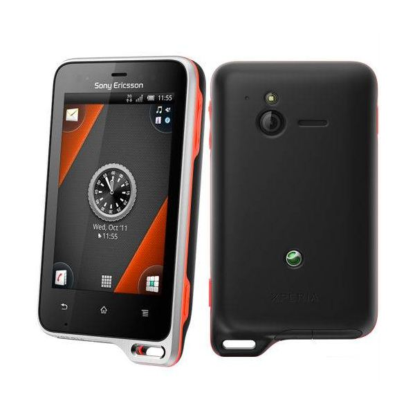 Sony Ericsson Xperia Active front and back