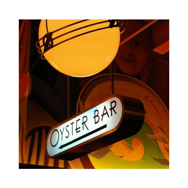 Shaw's Oyster Bar in Chicago