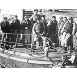 Crew of the Sir Samuel Kelly Lifeboat from Wiki Commons by The Thunderer