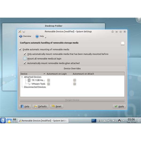 Removable Devices settings screen on Kubuntu 10.10