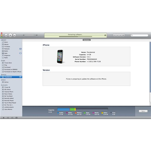 iPhone 4 Updating Screen