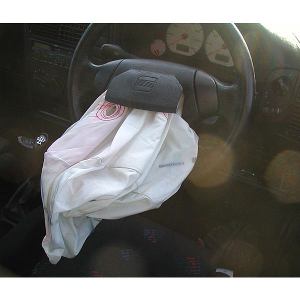 Airbag After Car Crash Wikimedia Commons