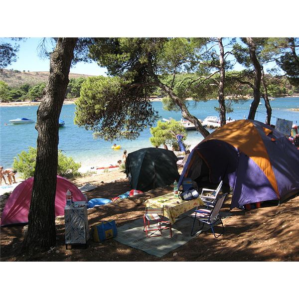 Environmentally Friendly Camping and Camping Products: Tips to Leave Nature in the Same Way You Entered it