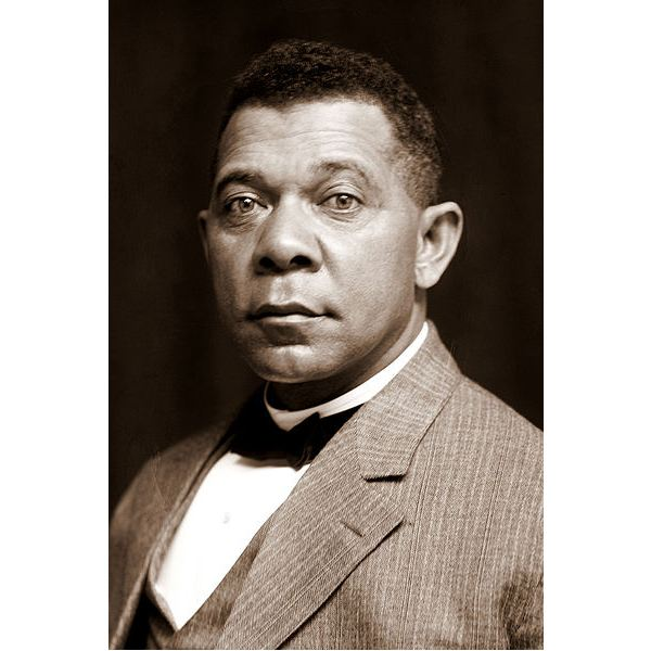 401px-Booker T Washington by Frances B Johnston, c1895-crop