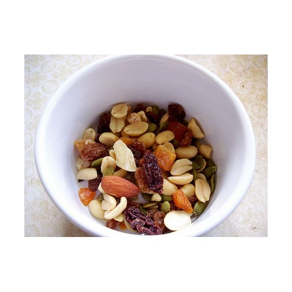 How to Cut Calories in Trail Mix Without Losing Flavor: Recipes & Tips