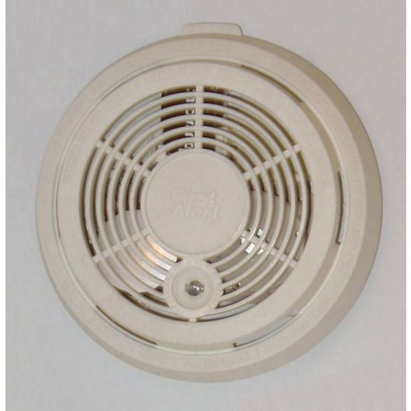 585px-Residential smoke detector