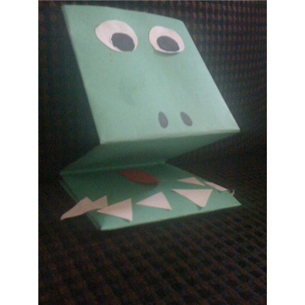 Two Simple Crocodile Crafts For Toddlers Hand Puppet Finger Painting